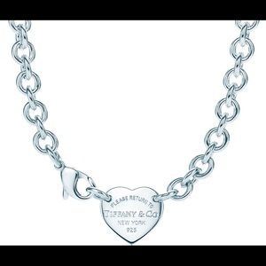 Tiffany & Co heart Chocker Necklace retails $525